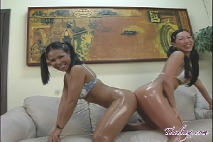 Tia Ling and Jasmine Jazz