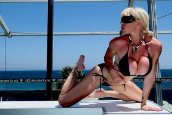FOLLOW MY XXX EROTIC DAY ALL DAY LONG