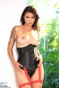 Dana-Vespoli-brunette-hottie(9)